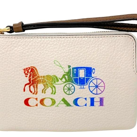 Coach Corner Zip Wristlet w/Rainbow Horse&Carriage